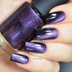 纯色紫色猫眼纯色也百变美甲图片