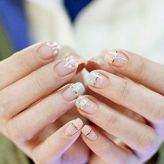 灰色粉色方圆形法式金银线简约春天美甲图片