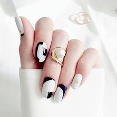 简约韩系几何圆形黑色灰色美甲图片