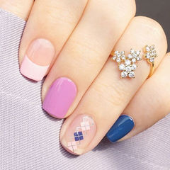 简约格纹方圆形蓝色粉色紫色三色混搭美甲美甲图片