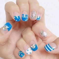 蓝色白色法式手绘波点钻银色海军风夏天美甲图片