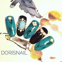 圆形日式手绘绿色蓝色黑色石纹甲片达人Doris美甲图片
