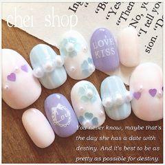 圆形日式可爱蓝色粉色白色珍珠手绘美甲图片