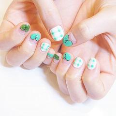 圆形绿色格纹手绘法式夏天美甲图片