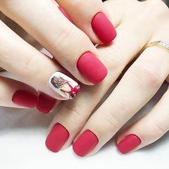 方圆形红色手绘磨砂新娘店铺热门爆款磨砂美甲美甲图片