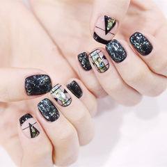 方圆形黑色法式线条碎玻璃韩式美甲图片