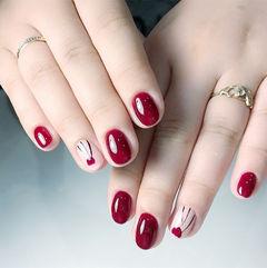 圆形红色手绘花朵新娘短指甲红色美甲美甲图片