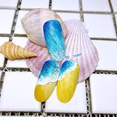 圆形手绘蓝色晕染黄色渐变夏天甲艺讲师yuan🌊美甲图片