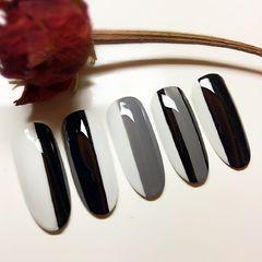 圆形简约手绘黑色白色灰色条纹Q2.Nail竖纹黑白灰,喜欢的➕关注哈美甲图片