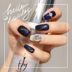 方圆形手绘渐变蓝色钻达人Alyssa星空甲!💫💫💫美甲图片