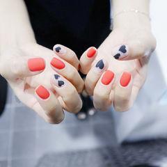 方圆形红色黑色心形磨砂手绘美甲图片