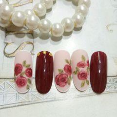 圆形新娘手绘红色裸色花朵玫瑰达人Hana_蒽复古玫瑰款,喜欢的伙伴们,点我头像加关注哦美甲图片
