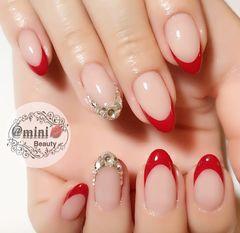 法式韩式红色银色裸色钻新娘圆形美甲图片