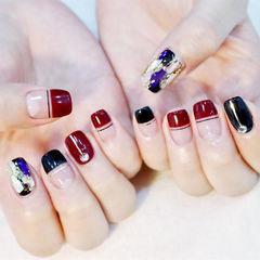 方圆形红色黑色钻金箔平法式美甲图片