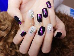 方圆形简约银色黑色白色猫眼钻紫色美图达人雪琴美甲图片