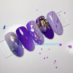 圆形渐变紫色晕染贝壳片金属饰品金箔日式紫色系情结美甲样板集日系样板集金箔美甲美甲图片