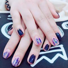 方圆形日式手绘蓝色紫色晕染金箔美甲图片