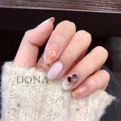 尖形日式紫色金色白色钻晕染金箔美甲图片