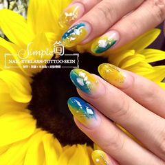 尖形简约日式黄色绿色蓝色美甲图片