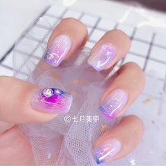 方圆形紫色蓝色晕染金箔日式美甲图片