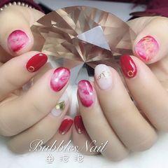 圆形红色粉色晕染新娘客人自创婚甲美甲图片