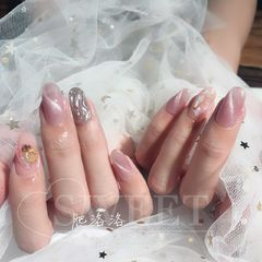 尖形简约日式粉色银色裸色猫眼贝壳片水波纹美甲图片