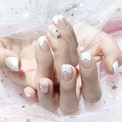 方圆形法式手绘白色花朵简约新娘好喜欢美甲图片