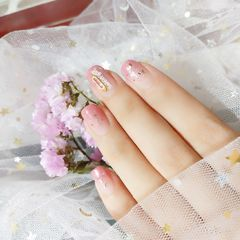 方圆形日式渐变粉色银色金属饰品简约美甲图片