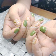 方圆形简约日式绿色金属饰品美甲图片