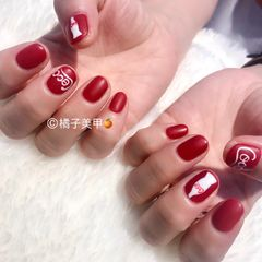 圆形简约手绘红色白色夏天可乐磨砂可乐款美甲图片