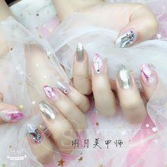 尖形简约日式粉色银色白色手绘晕染钻美甲图片