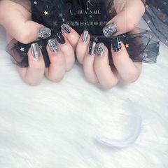 方圆形黑色银色克罗心韩式美甲图片