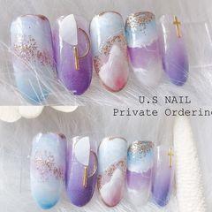 圆形日式紫色蓝色手绘晕染夏天饰品浪漫紫美甲图片