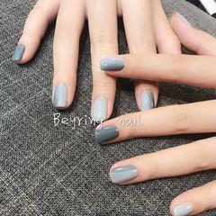 方圆形日式渐变蓝色白色灰色简约竖形渐变款延禧攻略美甲莫兰迪色美甲美甲图片