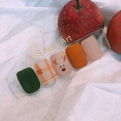 棕色绿色方圆形磨砂手绘日式简约黄色裸色圣诞美甲图片