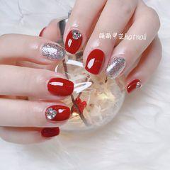 红色方圆形钻银色新年美甲图片