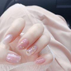 金箔裸色铆钉方圆形粉色星月美甲图片