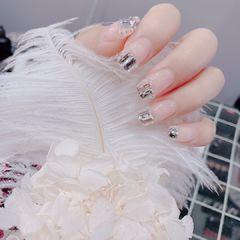 方圆形裸色钻法式健康色 长钻圆钻美甲图片