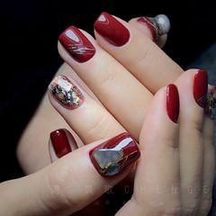 红色方圆形贝壳片手绘晕染日式美甲图片
