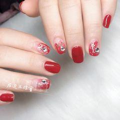 红色方圆形日式晕染新年钻美甲图片