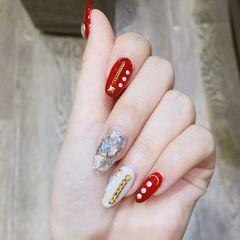 圆形红色白色贝壳片金属饰品新年美甲图片