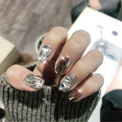 方形日式银色镜面钻Bigling🥰美甲图片