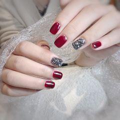 红色方圆形钻新年网红款美甲图片