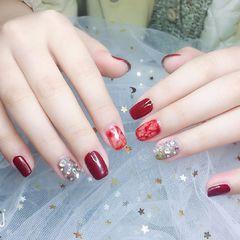 焦糖色酒红色红色黑色方圆形晕染日式钻手绘新年短指甲美甲图片