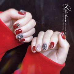 红色酒红色黑色日式水波纹镜面美甲图片