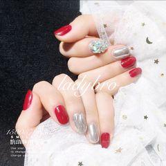 水波纹镜面圆形红色银色钻新年美甲图片