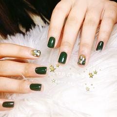 方圆形绿色贝壳片美甲图片