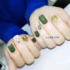 方圆形日式绿色渐变贝壳片手绘树叶美甲图片