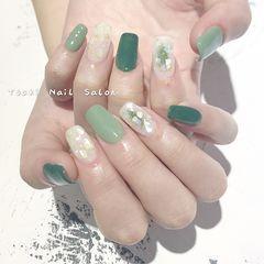 绿色方圆形日式贝壳片金箔美甲图片