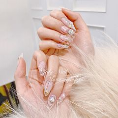 新娘日式钻尖形银色#👰🏻Buling Buling 婚甲✨美甲图片
